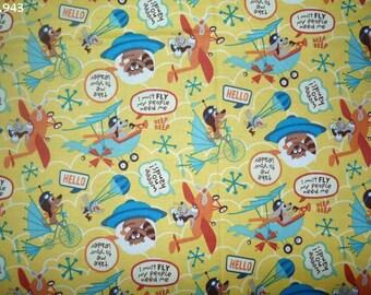Airplane on yellow background (Riley Blake) coupon 35x50cm C943 animals fabric