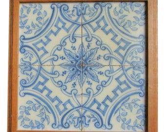 Antique Tiles Hollandse Delftse quatrefoil with ornament in list CA 1900.