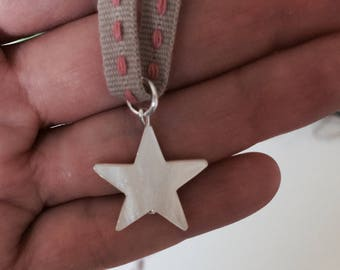 Star Nacar Necklace for Cute Girls