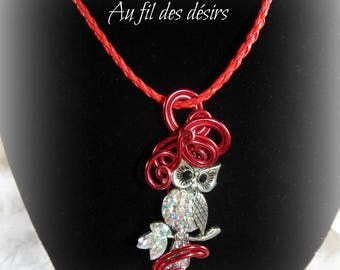 Transparent glass beads and OWL pendant necklace / OWL with clear rhinestones