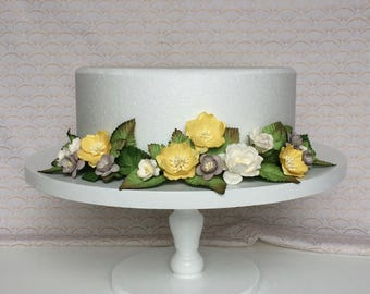 Handmade yellow, gray, and white floral cake wrap