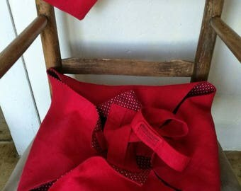 Pie straps and matching Potholder gift bag.