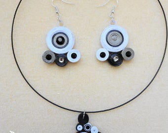 Quilling ornament black and white circles with Rhinestones