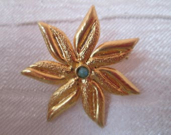 Floral Brooch, Yellow flower, Jewelry,  Vintage, Pretty brooch, Woman's jewelry, Ladies'accessories, Gift for her, Vintage style