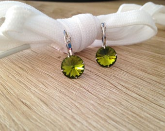 Stud Earrings color Swarovski Crystal olivine Green