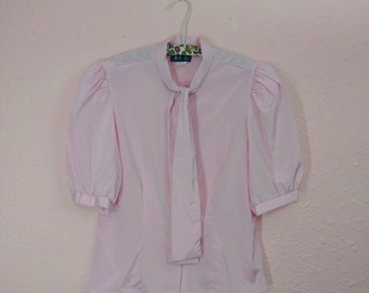 Vintage Pink Top // Vintage Pink Button-Up // Short Puffed Sleeves // Full Spring Ahead // Perfect Easter Shirt //
