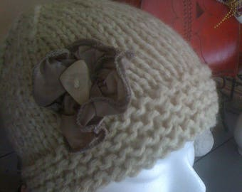 Hat with application side - single model
