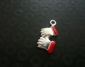 Clasped hands charm