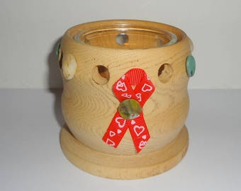Hand turned ash - bow red heart candle
