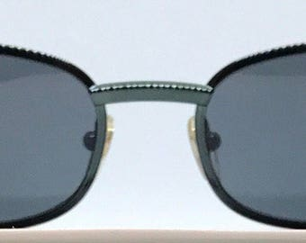 Iceberg IG577 / Vintage Sunglasses / Brand New / Unworn / Made In Italy / Comes With Case