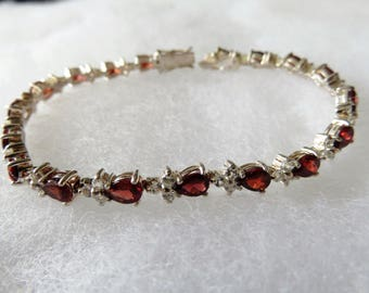 Vintage Sterling Silver Blood-red Rhinestone Sparkling Woman's Bracelet