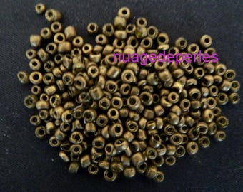 4mm seed beads 12 grams
