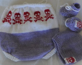 hand knitted newborn set skull accents (punk harley bike goth) nappy/diaper cover