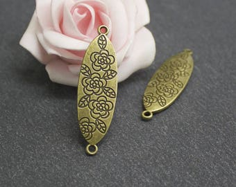 x 2 connectors oval flower engraved brass COB133