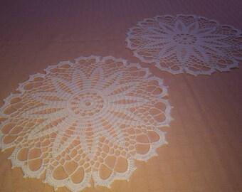 Pair of center Crochet