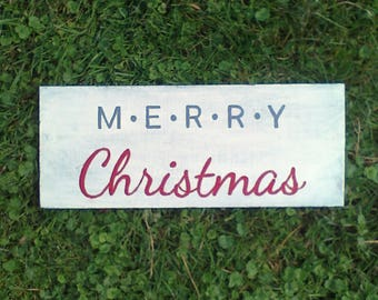Merry Christmas wood sign. Painted antique white, with the letter in grey & white. Simple sign to add some Christmas cheer to your home!