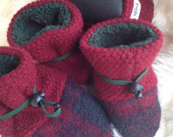 Thick Cranberry Red Wool Children's slipper, non-slip shoe from Toggle Toes, in preschool size 24-36 months or child's shoe size 7-8