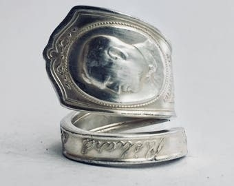 SILENT MOVIE Ring