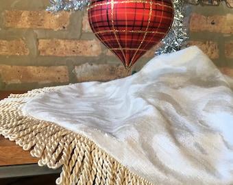 Small Christmas tree skirt | Tabletop Christmas tree skirt | White tree skirt | Red tree skirt | Velvet tree skirt | Fringe tree skirt