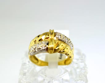14k Gold And Cubic Zirconia Ring