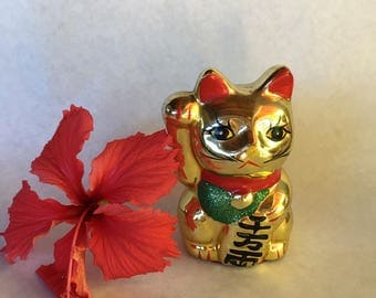 Prosperity Cat Maneki Neko