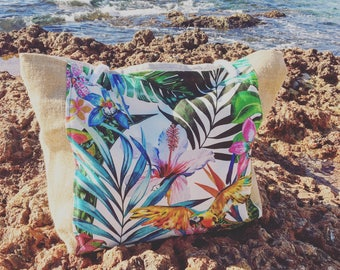 Exotic beach bag