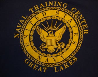 Vintage 80's United States Navy Naval Training Center Great Lakes Military T Shirt Size L
