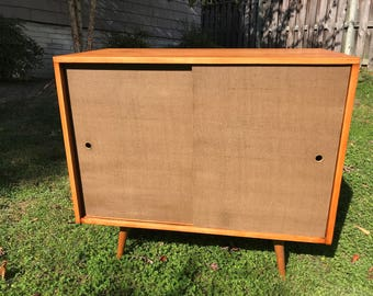 "Paul McCobb Mid Century Modern ""Planner Group"" petite credenza."