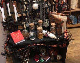 Mini potion desk