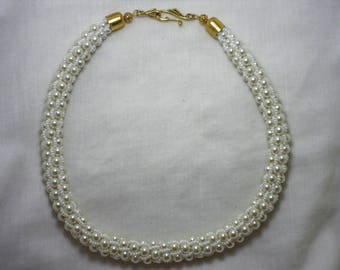 Necklace from pearls and beads. Handmade. Jewelry for women.