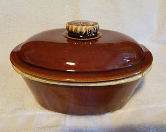 Details about  Antique Stoneware Dutch Oven or Roaster by the H.P. Co.