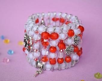 Women's red bracelet Women's white bracelet Elastic bracelet Beaded bracelet Stretch bracelet Talisman Winter gift wife Christmas jewelry
