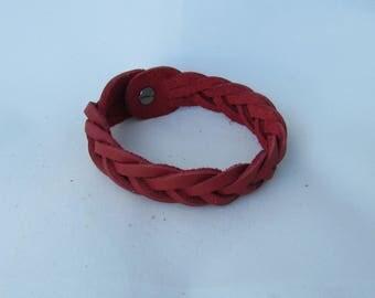 "Men's gift or woman's gift. Top Grain Leather Braided Bracelet 7"" long"