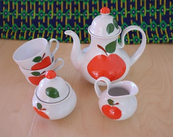 Set with coffee BAVARIA Seltmann 1970 red apples