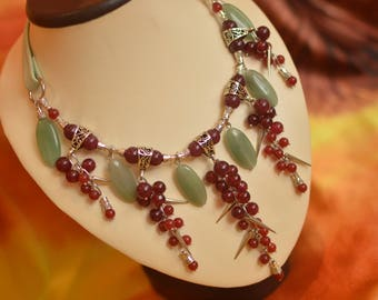 "Leather necklace with aventurine and quartz ""Forest berries"""