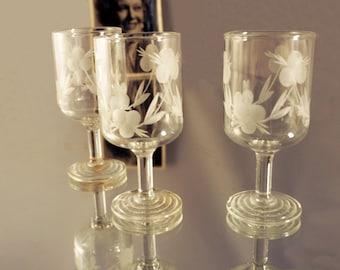 Vintage Glassware, Shot Glasses, Russian Vodka, Vintage Glass Sets 1970s, Retro Collectable Glass Drinking Crystal Glassware Vintage Glasses