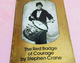The Red Badge of Courage by Stephen Crane. Vintage paperback book. 1983 printing.