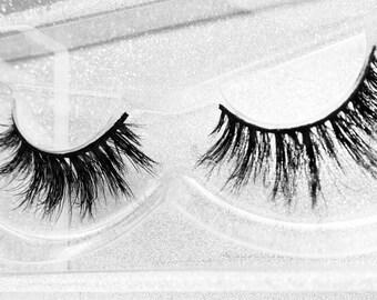 Le Corretto eyelashes