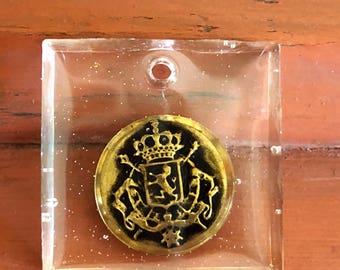 Antique Button Resin Necklace