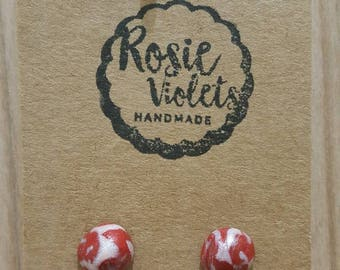 Red and pearl marbled polymer clay stud earrings