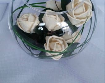 Exquisite Small Cream Flowers Graceful Dark Green Leaves Looped Green Grass in a Bowl Glass Dried Flowers