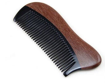 Comb for hair made of red sandal wood and horn handmade — DEAD BARBER