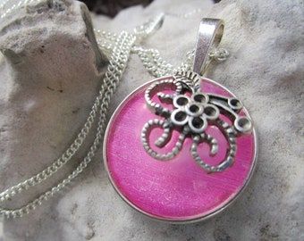 Miss Shabby-Beautiful silver necklace with playful pendant in pink