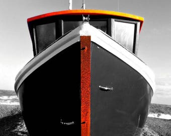 Instant HD Photo Download / HDR / Black & White / Colour accents / Dungeness Boat