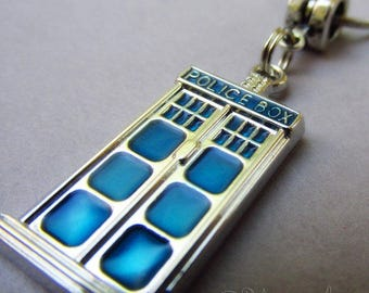 Tardis Pendant 31mm - Doctor Who Police Box Necklace Pendant