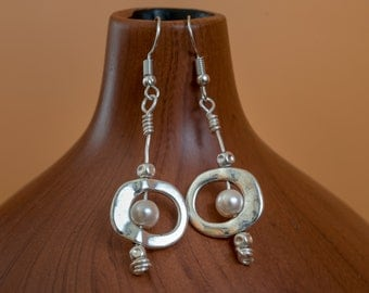 Freshwater pearls wire wrapped silver earrings
