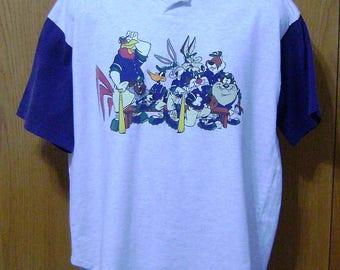 Acme Clothing Looney Tunes All Stars Bugs Bunny Baseball Jersey Men's XL Henley Top