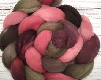 Handpainted Targhee Wool Roving - 4 oz. PAPER ROSES - Spinning Fiber