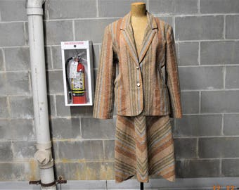 "70's Iconic Tweed suit,Jacket 36"" - 38"",Skirt 30"" -  31"",By Salem ,Made in USA,Leather belt by Evan Picone,Fun ""V"" Chevron shape"