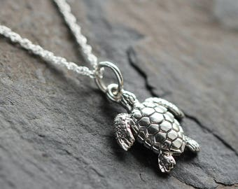 Sea turtle Jewelry - Sea turtle necklace - Turtle gift - Beach lover - Sterling sea turtle necklace - Silver turtle necklace - Beach jewelry